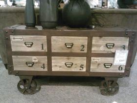 Hom table on wheels