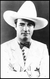 Tom Mix was an actor in the 1930s who often portrayed cowboys and always wore a 10-gallon hat