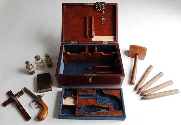 Vampire-Killing-Kit