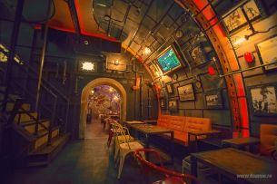 steampunk-submarine-themed-pub-in-romania32