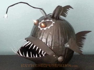 the-steampunk-angler-fish-pumpkin-4